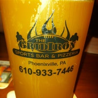 Photo taken at GridIron Sports Bar & Pizzeria by leapyyy on 5/12/2012