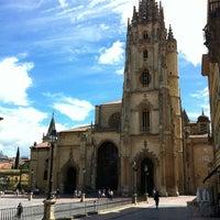 Снимок сделан в Catedral San Salvador de Oviedo пользователем Roosevelt F. 6/10/2012
