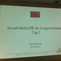 Das Foto wurde bei Berliner Journalisten-Schule von Anja B. am 6/20/2012 aufgenommen