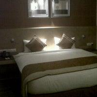 Photo taken at Savoy Suites Noida by Heena on 6/2/2012