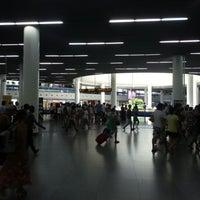 Foto tomada en People's Square Metro Station por guanhua el 8/19/2012