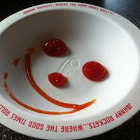Photo taken at Johnny Rockets by Dennis T. on 8/12/2012