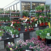 Photo taken at Lowe's Home Improvement by Anthony S. on 5/16/2012