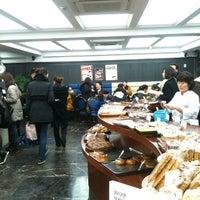 รูปภาพถ่ายที่ 리치몬드 제과점 โดย Hyoung-Won P. เมื่อ 1/31/2012