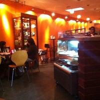 Photo taken at El Barista Caffé by Saulo S. on 5/18/2011