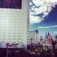 Das Foto wurde bei Tropicana Las Vegas von Greg B. am 7/19/2012 aufgenommen