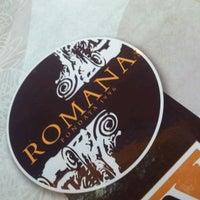 Foto tirada no(a) Romana Confeitaria e Rotisseria por Thiago L. em 9/5/2012