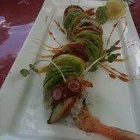 8/22/2011 tarihinde Jenny K.ziyaretçi tarafından Jae's Asian Bistro and Sushi Bar'de çekilen fotoğraf