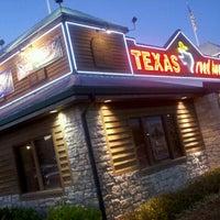 รูปภาพถ่ายที่ Texas Roadhouse โดย Robert K. เมื่อ 12/5/2011