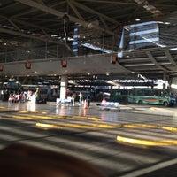 Foto tomada en Terminal de Buses San Borja por Jose manuel R. el 4/6/2012