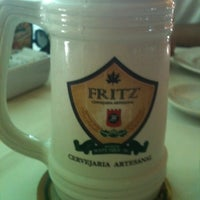 Foto tirada no(a) Chopp do Fritz por Marina S. em 10/5/2011
