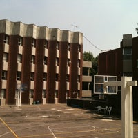Photo taken at Liceo Mexicano Japonés by Ryu T. on 10/8/2011