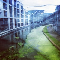Photo taken at Grand Union Canal -  Maida Hill by Mo L. on 8/7/2012