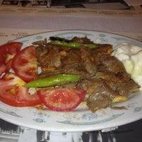 6/29/2012 tarihinde John T.ziyaretçi tarafından Kebapçı İskender'de çekilen fotoğraf