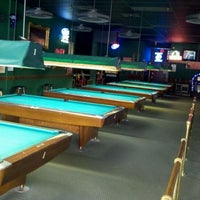 Photo taken at Hot Shots Billiards & Sports Bar by Seth on 9/28/2011