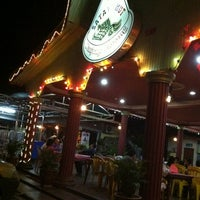 Photo taken at Satay Hut by Sakura A. on 3/8/2012