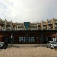 Foto tirada no(a) Real Marina Hotel & Residence por Roger K. em 4/27/2012