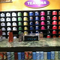 Photo taken at Teavana by Ruben L. on 5/15/2012