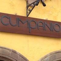 Foto tomada en Cumpanio por alice P. el 8/19/2012