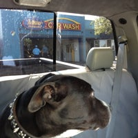 Photo taken at Mister Car Wash by 👋🏿hey! on 7/3/2012