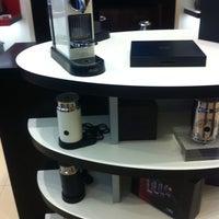 Foto tirada no(a) Nespresso Boutique por Paco F. em 8/24/2011