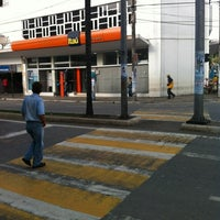 Photo taken at Banco Itaú by Valter C. on 5/17/2012