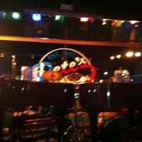 Photo prise au Pete's Dueling Piano Bar par Stephanie F. le7/30/2011