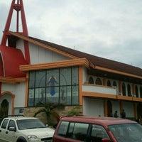 Photo taken at HKBP BALIKPAPAN Gunung Malang by david a. on 11/6/2011
