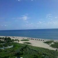 Das Foto wurde bei Ocean Point Beach Resort von Marie am 10/21/2011 aufgenommen