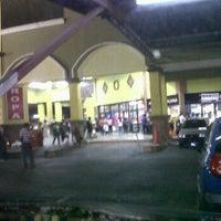 Photo taken at Super Xtra by Sthefani G. on 2/26/2012