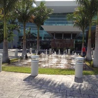 Foto tomada en Plaza Altabrisa por Carlos F. el 4/6/2012