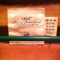 Photo taken at H&M by Maria jose G. on 3/19/2012