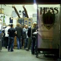 Das Foto wurde bei Mike Hess Brewing von Jessica M. am 11/12/2011 aufgenommen