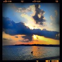 Foto tomada en La Daurada Beach Club por Xavi P. el 8/24/2012
