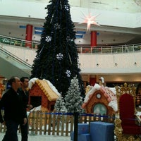 Photo taken at C.C. Meridiano by Fatima P. on 12/20/2011