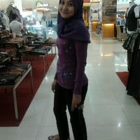 Photo taken at Binjai SUPERMALL by Desi A. on 11/22/2011