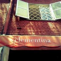 Foto tirada no(a) Clementina por Giuliano P. em 10/20/2011