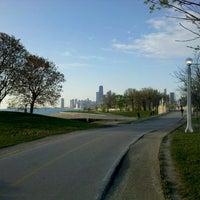รูปภาพถ่ายที่ Chicago Lakefront Trail โดย Dan C. เมื่อ 4/17/2012