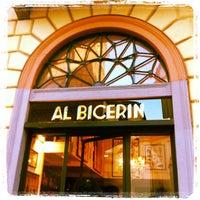 Foto scattata a Al Bicerin da zerod10 il 10/15/2011