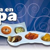 Foto tomada en Restaurante Bar Jamón por Turismo E. el 4/9/2012