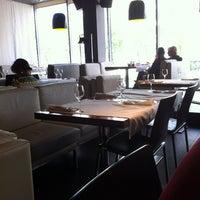 Снимок сделан в Ya-cafe пользователем Eugenik 5/7/2012