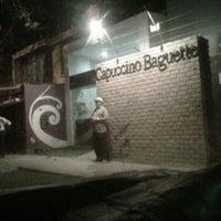Photo prise au Capuccino Baguette par Luis F. le8/9/2011