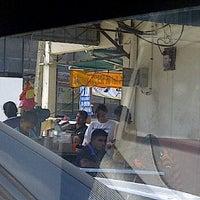Photo taken at Cendol Jasin by Qurratu I. on 1/22/2012