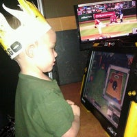 Photo taken at Buffalo Wild Wings by Michelle S. on 3/11/2012