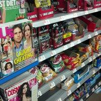 Das Foto wurde bei Walmart Supercenter von Dirty D. am 3/8/2012 aufgenommen