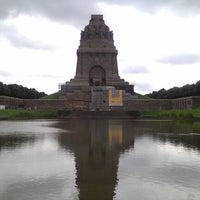 Das Foto wurde bei Völkerschlachtdenkmal von Anja K. am 7/18/2012 aufgenommen