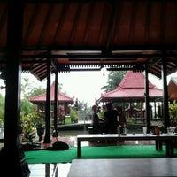 Photo taken at Umbul permai pondok makan & pemancingan by Oki W. on 11/18/2011