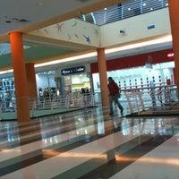 Foto tirada no(a) Shopping Campo Limpo por Joice em 7/22/2011