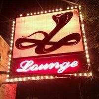 Photo prise au Cobra Lounge par Valerie Q. le8/24/2011