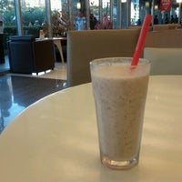 Photo taken at Kenny Rogers Roasters by User 940020 on 1/5/2012